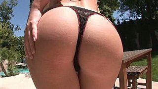 Good ass blondie gets her ass fucked