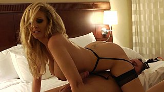 Amazing Julia Ann doing her job