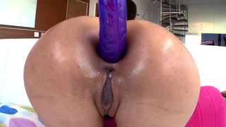 Lyla Storm gets her ass dildoed