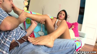 Franceska Jaimes puts some cream on her hairy wallet