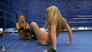 NudeFightClub with Cindy Hope and Sophie Moone
