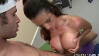Busty slut Ariella Ferrera gives head to James Deen