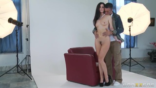 Glamourous housemate India Summer on the shameless photoset