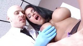Peta Jensen gets her first time orgasm