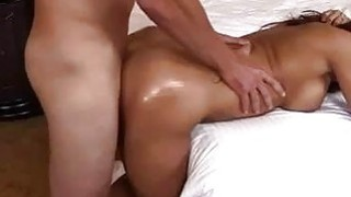 Amateur Oiled Babe having Sex
