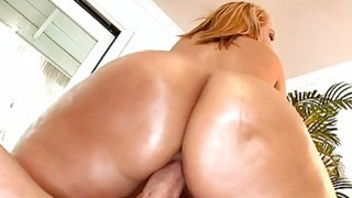 Humping sexy milf doggystyle feels so damn nice