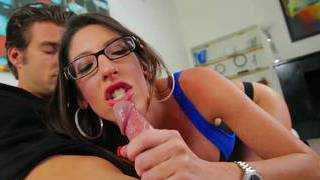 Stepmom love giving head before work