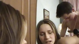 Sweet pleasuring from teen