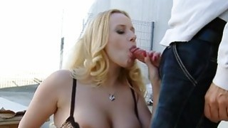 Hawt ebon darling gives blowjob outdoors