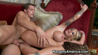 Tatted mom Olivia getting poked from behind and groaning from joy